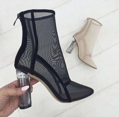 Image shared by Cathy Phan. Find images and videos about fashion, shoes and heels on We Heart It - the app to get lost in what you love. High Heel Boots, Heeled Boots, Bootie Boots, Shoe Boots, Shoes Heels, Pumps, Ankle Boots, Pretty Shoes, Beautiful Shoes