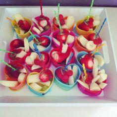 Leuk hartje bij de action vandaan kan met fruit of met snoep gevuld worden