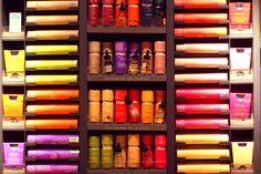 ... à en photographier des concentrés d'odeurs de réminiscences chialantes et chimiques. | Flickr - Photo Sharing!