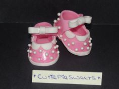 Baking and Caking for Beginners: Gumpaste Baby Shoes or Booties