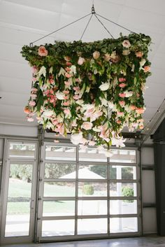 Floral chandelier: http://www.stylemepretty.com/2015/03/26/romantic-fall-durham-ranch-wedding/ | Photography: Sylvie Gil - http://www.sylviegilphotography.com/