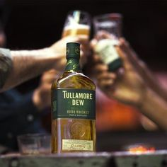 This Whiskey Expert Wants You To Start Drinking A Dram With Your Beer