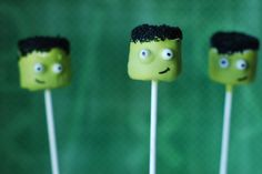 Pin for Later: Boo Bites! 20 Spook-tacular Halloween Cake Pops Frankenstein Cake Pops These cake pops make Frankenstein look anything but scary! Source: Sweet Cheeks Tasty Treats