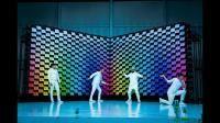 La banda OK Go lo ha vuelto a hacer y ha lanzado un videoclip hecho con 567 impresoras