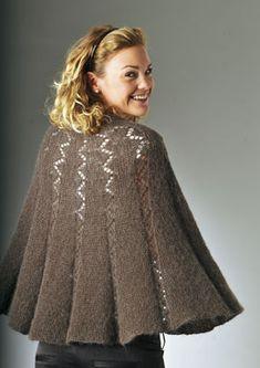 Familie Journal - strikkeopskrifter til hende Knitting Machine Patterns, Poncho Knitting Patterns, Knitted Poncho, Knitted Shawls, Vintage Crochet Patterns, Knitting For Kids, Knit Fashion, Shawls And Wraps, Knit Crochet