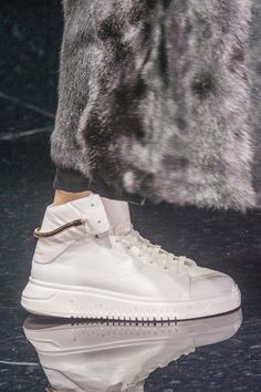 Emporio Armani at Milan Fall 2017 (Details)