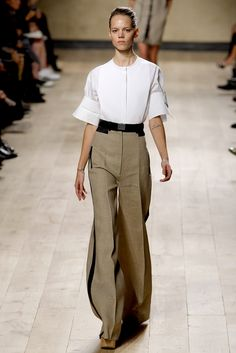 Céline - Spring 2010 Ready-to-Wear - Look 4 of 37