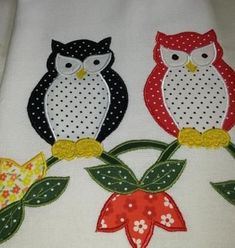 Stem Stitch, How to work a stem stitch (Step By Step) Free Applique Patterns, Baby Quilt Patterns, Owl Patterns, Applique Quilts, Applique Designs, Embroidery Designs, Elephant Pillow, Towel Embroidery, Paper Flowers Craft