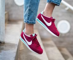 Trendy Sneakers 2018 Sneakers femme - Nike Cortez Noble Red (©asphaltgold_sneakerstore) - Go to Source - Sneaker Outfits, Nike Outfits, Converse Sneaker, Sneakers Mode, Sneakers Fashion, Shoes Sneakers, Zapatillas Nike Cortez, Cute Shoes, Me Too Shoes