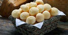Você sabe fazer uma deliciosa receita de pão de queijo? Não?! Então confira aqui a verdadeira receita e prepare hoje mesmo essa iguaria na sua casa
