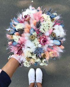 Just the most fun poof of a bouquet in pastels. White sneakers are a perfect fit for this bouquet. Floral Bouquets, Wedding Bouquets, Wedding Flowers, Bouquet Flowers, Floral Flowers, Deco Floral, Arte Floral, Flower Aesthetic, Aesthetic Drawing