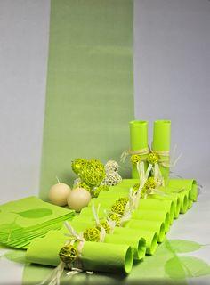 Numéro 1 des ventes : Box Déco de Table Vert Anis et Blanc En vente sur http://www.matableparfaite.com/fr/deco-de-table/deco-de-table-mariage/vert-anis-et-blanc-13/vert-anis-6/