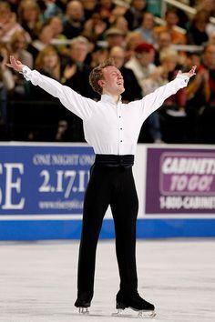 Nick Verreos: Nick Verreos Rates the Figure Skating Costumes: U.S. Nationals 2011--The Men & my UniversalSports.com Figure Skating Blog!