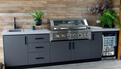 Ways To Choose New Cooking Area Countertops When Kitchen Renovation – Outdoor Kitchen Designs Outdoor Kitchen Patio, Outdoor Kitchen Countertops, Outdoor Kitchen Design, Soapstone Countertops, Basic Kitchen, New Kitchen, Kitchen Island, Kitchen Decor, Outdoor Areas