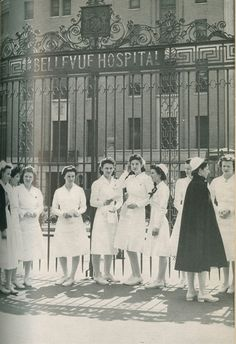 Nursing students outside of Bellevue Hospital in 1943.