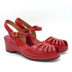 63ec69dccc69 85 Best 1940s Shoes images