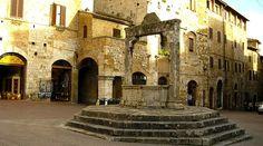 Plaza de San Gimignano