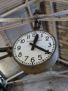 My industrial interior: Industriële accessoires: de industriële klok (1)