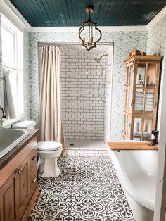 Fox Country Farmhouse - White& Room and Board. the dreamiest bathroom! - Fox Country Farmhouse – White& Room and Board. the dreamiest bathroom! Dream Bathrooms, Beautiful Bathrooms, Small Bathroom, Bathroom Ideas, Bath Ideas, Master Bathrooms, Bathroom Designs, Bathroom Colors, Bathroom Organization