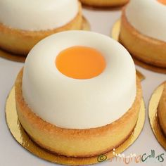 simonacallas - Desserts, sweets and other treats Oreo Mousse, Cake Recipes, Dessert Recipes, Cheesecake Desserts, French Pastries, Food Cakes, Dessert Bars, Coco, Macarons