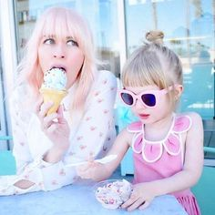Kicking off Monday with some magical mama style courtesy of Coury @fancytreehouse in the Blair dotty hearts shirt💖 ................................. #spring2017 #mamastyle #heartprint #hearts #momstyle #mumstyle #pretty #pinkhair #girlstuff #icecreambreak