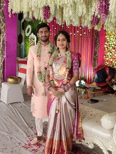 Couple Wedding Dress, Wedding Outfits For Groom, Groom Wedding Dress, Indian Wedding Bride, Indian Wedding Outfits, Bridal Outfits, Bridal Sarees South Indian, Bridal Silk Saree, Indian Bridal Fashion