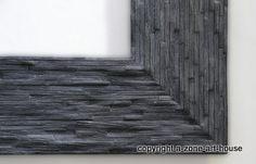 """Neue Design-Oberfläche """"limed Blackened"""" mit gebürstetem und gewachstem Finish. Der  Rahmen wird aus gespaltenen Eichenholz-Stäbchen gefertigt, mit dem Bunsenbrenner abgebrannt, ausgebürstet und gewachst. Ein besonderer Rahmen !"""