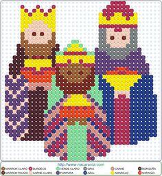 Reyes magos EN HAMA BEADS PATRON                                                                                                                                                                                 Más