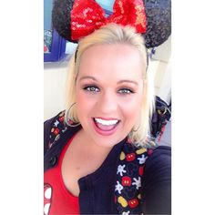 Disney days are the best days!!! #selfie #disney #disneyland #californiaadventure #happiestplaceonearth #smile #happy #minniemouse #disneyday #disneyside #love  by qtsqueeze