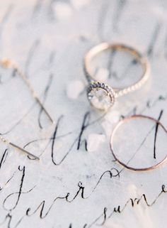 Rose gold halo engagement ring: http://www.stylemepretty.com/2016/01/19/coastal-winter-white-wedding-inspiration/ | Photography: Sally Pinera - http://sallypinera.com/