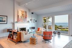 Fresh Beach House Merging Classic and Contemporary Details