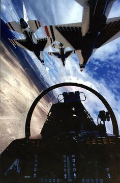 U.S. Air Force Thunderbirds - from inside the cockpit.  nice!