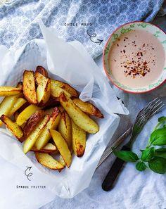Sprøde fritter og chili mayo