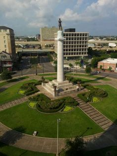 Lee Circle - Yahoo Image Search Results