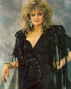 Photo of Bonnie Tyler ♥ for fans of music 30393440 Music Hits, 80s Music, Music Icon, Rock Music, Janis Joplin, Pop Singers, Female Singers, Kalif Storch, 80s Fashion