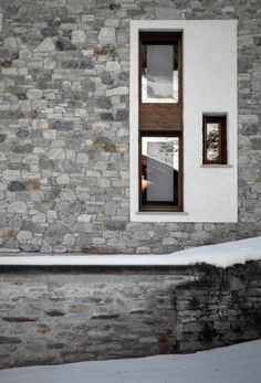 UP House / ES-arch