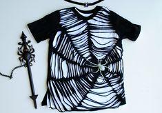DIY: Black Widow Costume from T-shirt