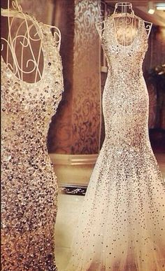 Dream dress-need to find! Lovely Dresses, Beautiful Gowns, Elegant Dresses, Gorgeous Dress, Evening Dresses, Prom Dresses, Formal Dresses, Wedding Dresses, Formal Wear