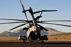 Sikorsky CH-53E Super Stallion — Wikipédia