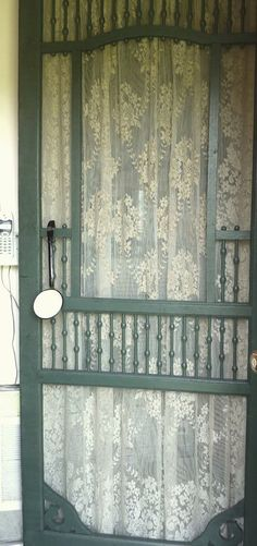 Romantic lace on a vintage screen door... <3 (452×960) Entrance to bathroom from bedroom?