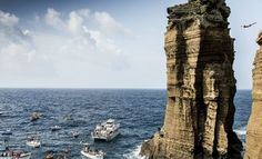 Next stop Azores for world's best cliff divers | Via Red Bull Diving Cliff | 10/07/2015 Back to the roots is the motto going into the second half of the #redbullciffdiving season on the Azores, Portugal. Pure cliff diving directly off the cliff face - 22 athletes will be put to the test next weekend! #timetodive #Portugal