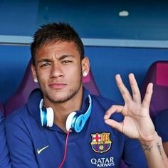 Neymar a young soccer star in the beat soccer team!!
