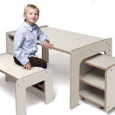 """MITwachsend! Je nachdem wie das Tischgestell gedreht wird, ergeben sich drei verschiedene Tischhöhen: 55cm für 5-7 Jährige; 63cm für 7-10 Jährige und 70cm, ab 10 Jahren bis zu einer Körpergröße von 1.72 Metern  WELT am SONNTAG: """"...ebenso einfach wie raffiniert.""""  Der meLINO-Schreibtisch ist komplett aus Birke-Multiplex, 18 mm, beidseitig mit Melamin beschichtet, gefertigt: eine strahlend weiße, hochwertige und pflegeleichte Oberflläche auf freundlich anmutendem Birkenschichtholz. Das ..."""