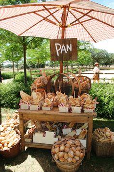 Idées #deco buffets et apéros dinatoires Ideas for buffet tables bread display