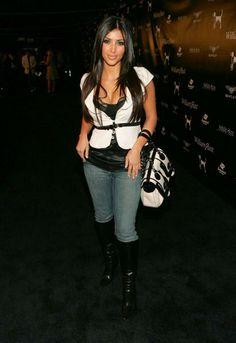 Who made Kim Kardashian's white and black purse? Purse – Fendi