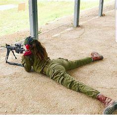 2,474 curtidas, 39 comentários - Hot Israeli Army Girls (@hotisraeliarmygirls) no Instagram