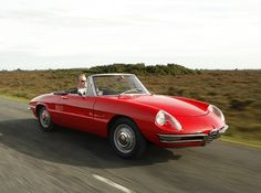 Driving an AlfaRomeo Spider 1967, along the Amalfi coast on honeymoon :)