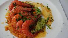 dicas e truques na cozinha : camarão flambeado na cama de dois pures