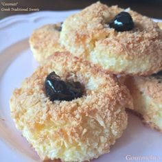 'Καρύδες' Greek Sweets, Greek Desserts, Greek Recipes, Easy Desserts, My Recipes, Dessert Recipes, Cooking Recipes, Coconut Biscuits, Cake Roll Recipes
