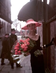 Suzy Parker with tulips, photo by George Dambier, Paris 1953